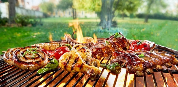 BBQ maintenance / Essential BBQ Tools / Gas safety