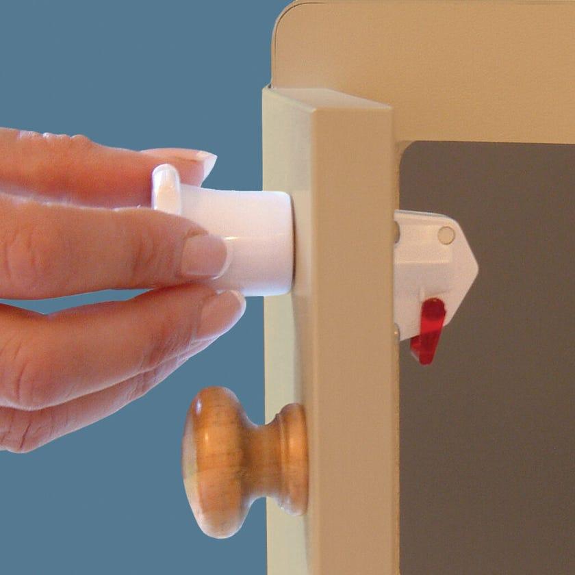 Dreambaby Magnetic Lock with 2 Locks 1 Key