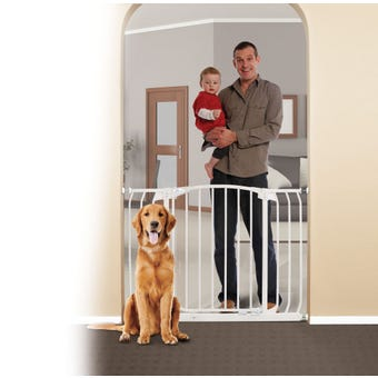 Dreambaby Chelsea Xtra-Wide Hallway Auto-Close Security Gate White