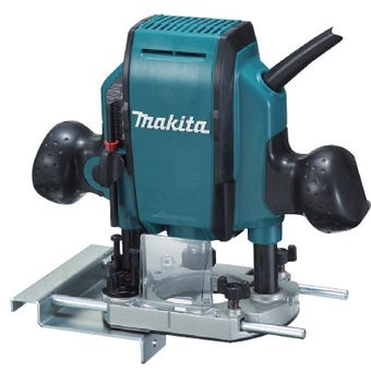 Makita 900W Plunge Router 8mm