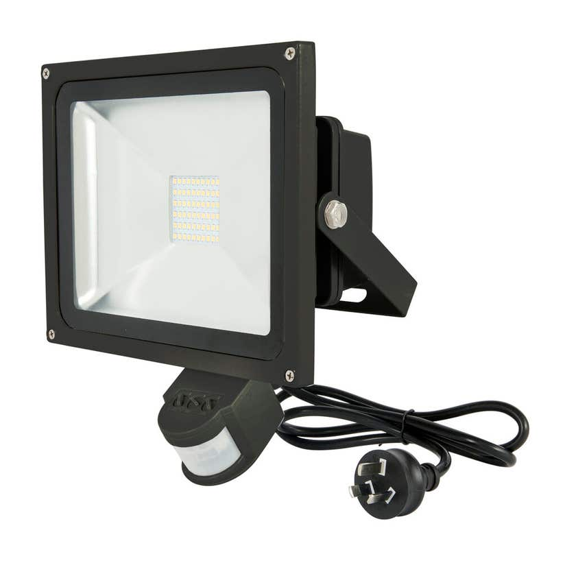 Brilliant Avenger-II 30W LED Floodlight with Sensor Black