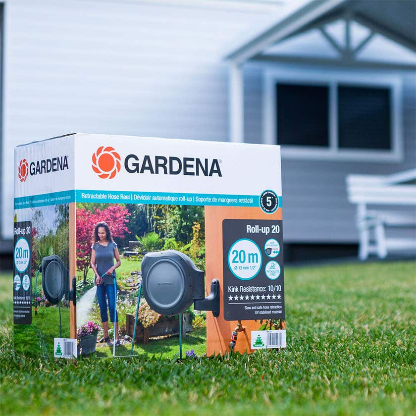 Gardena Roll-up 20 Retractable Hose Reel
