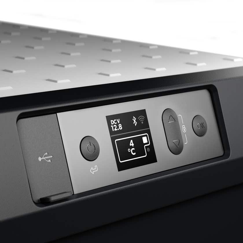 Dometic Portable Fridge/Freezer with Icemaker 53L