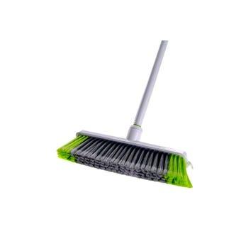 Broom Medium Duty With Handle