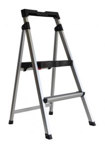 Werner Aluminium 2 Step Domestic Ladder with Tray 100kg