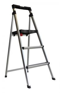 Werner Aluminium 3 Step Domestic Ladder with Tray 100kg