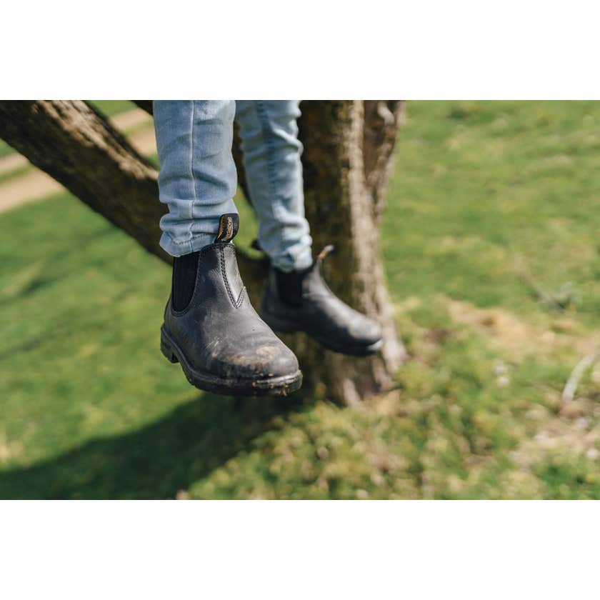 Blundstone 631 Kids Leather Elastic Side Non-Safety Boot Black