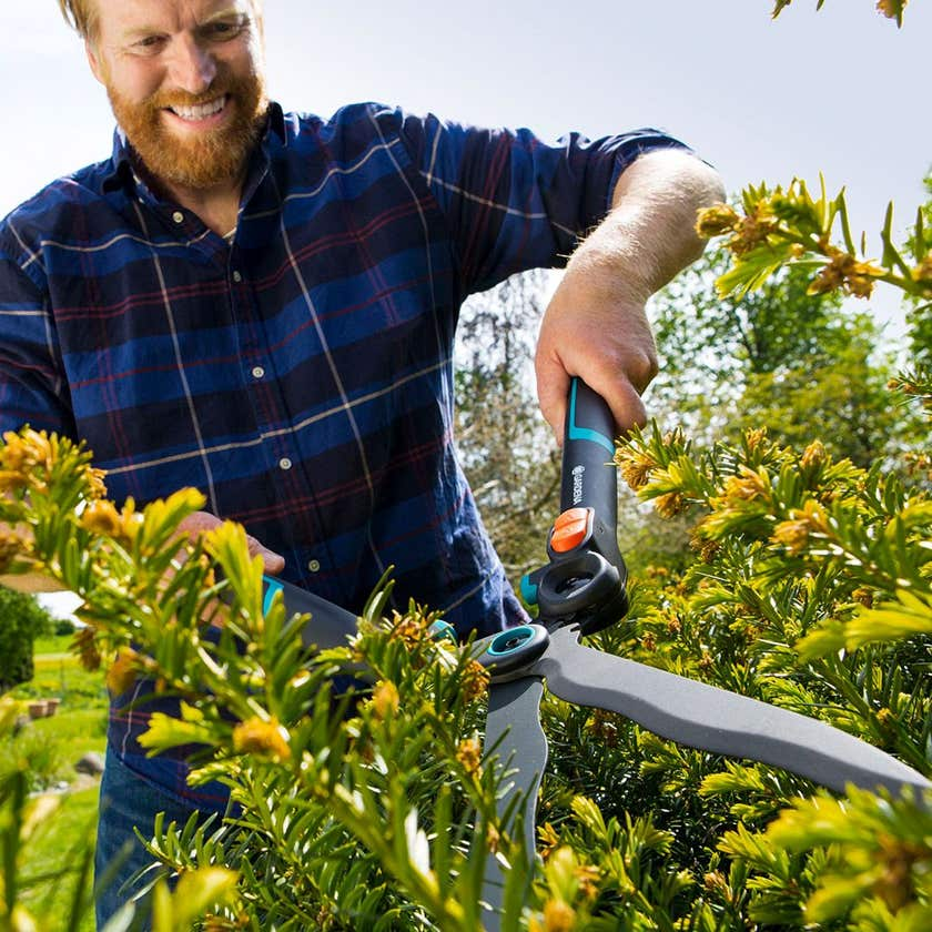 GARDENA 2in1 EnergyCut Hedge Clippers